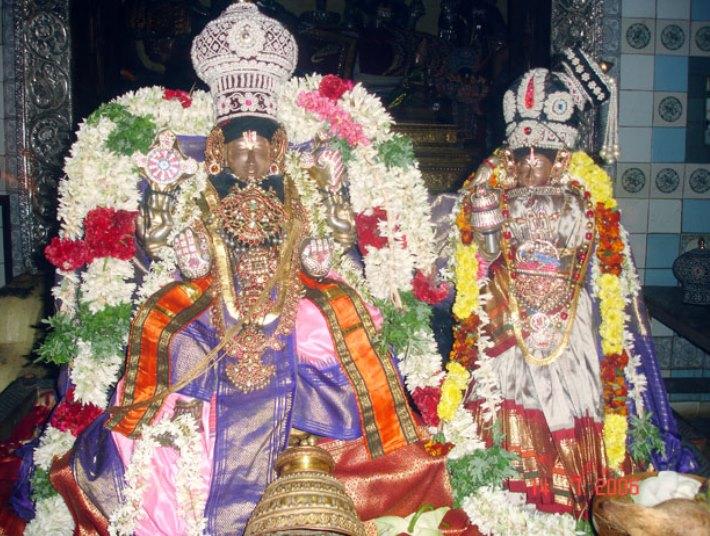 Govindaraja perumal with his cosnorts