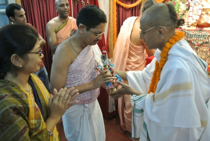 srila-prabhupada-sannyasa-3