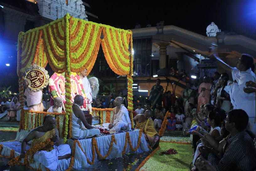 Sri Sri Nitai Gauranga at the Theppotsava