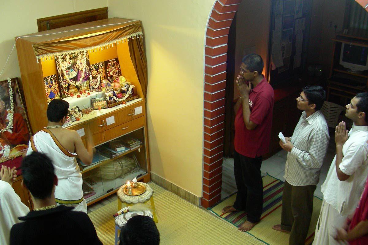 FOLK Hostel Puja Mandir