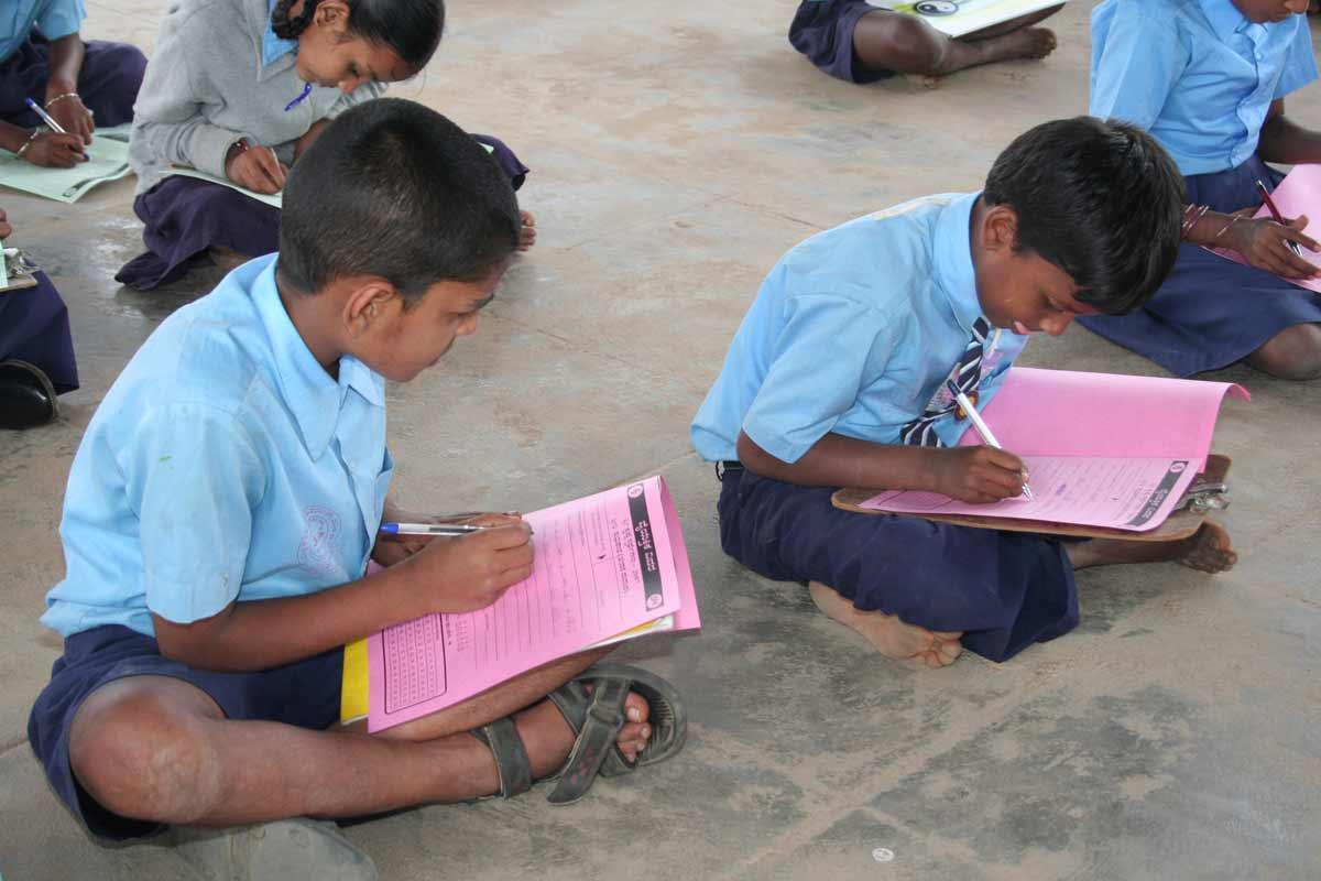 Children answering quiz