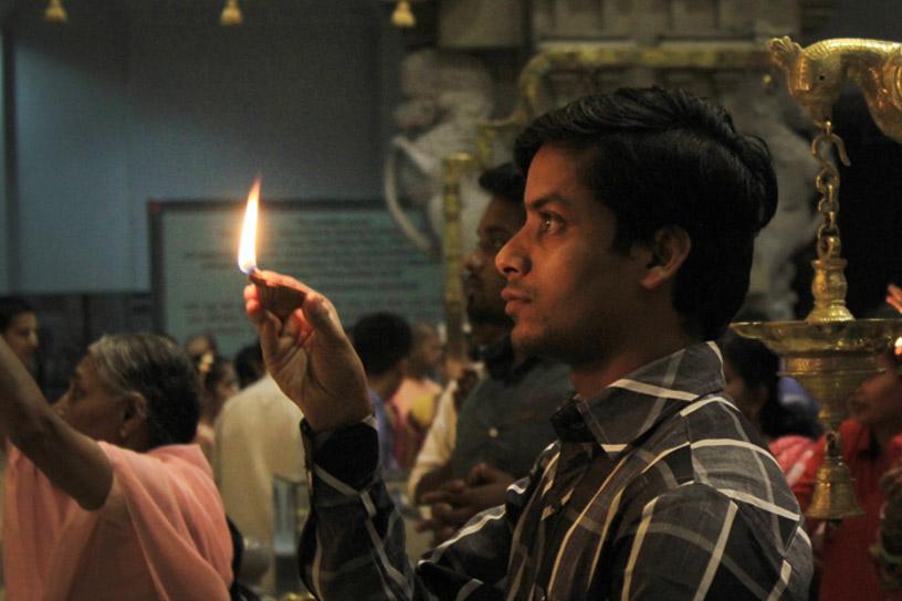 Aarati offering