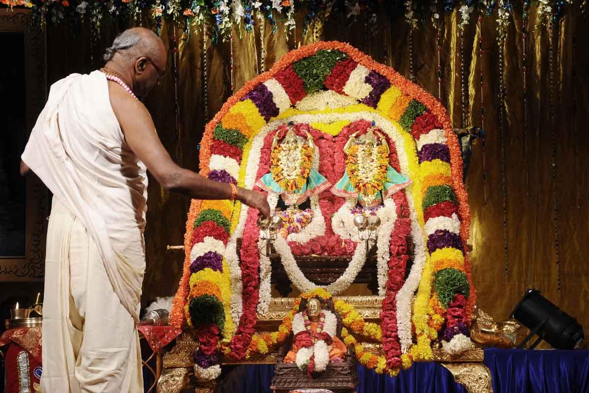 Sri Nitai Gouranga receiving Aarati