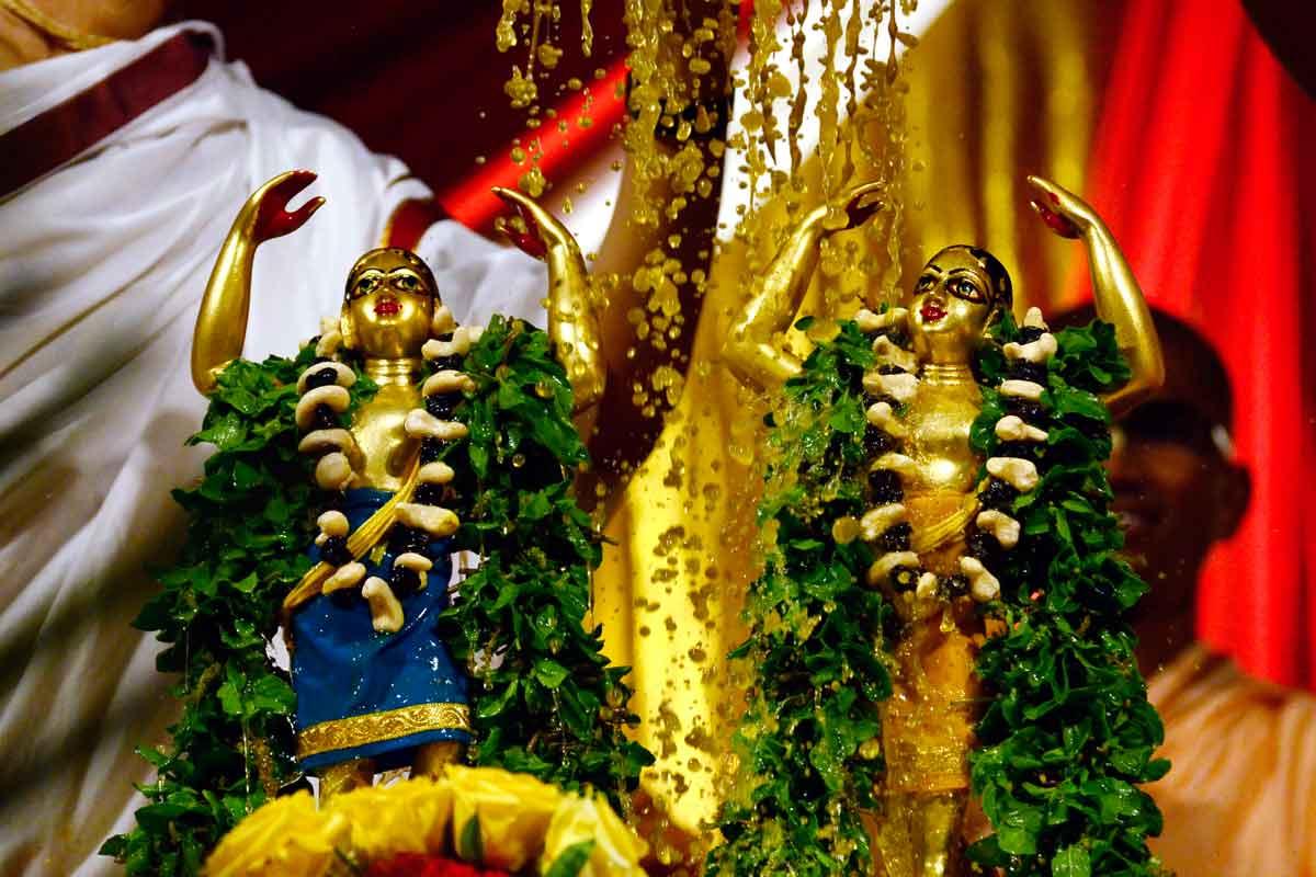 Maha Kalasa abhisheka