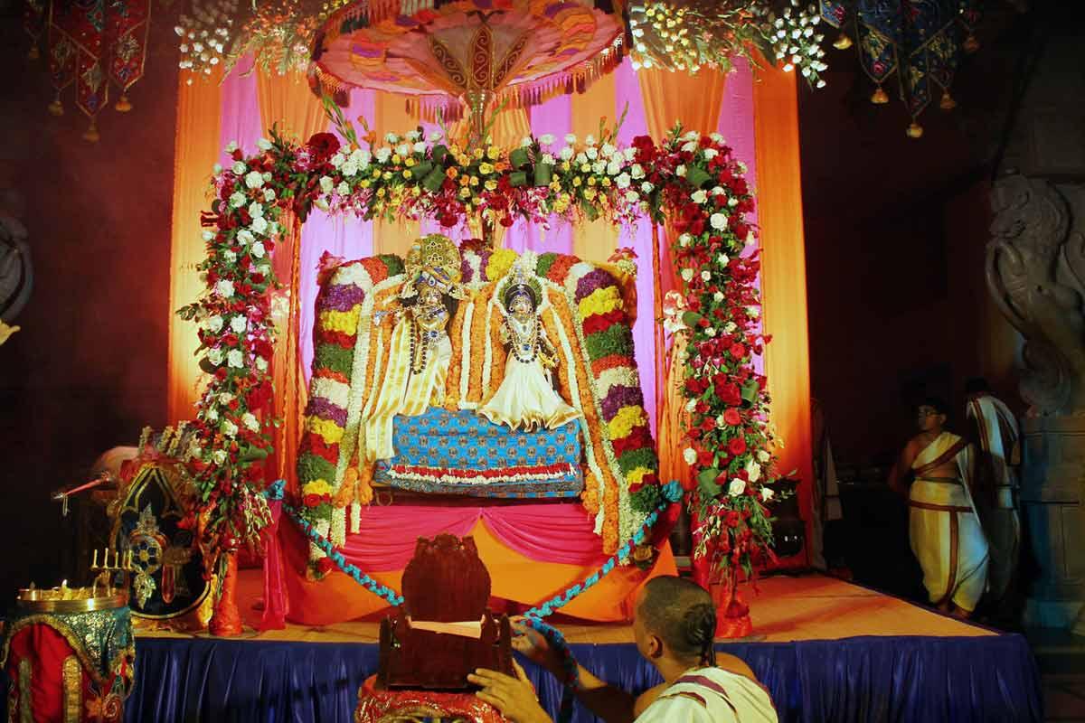 Srila Prabhupada offering Jhulan seva