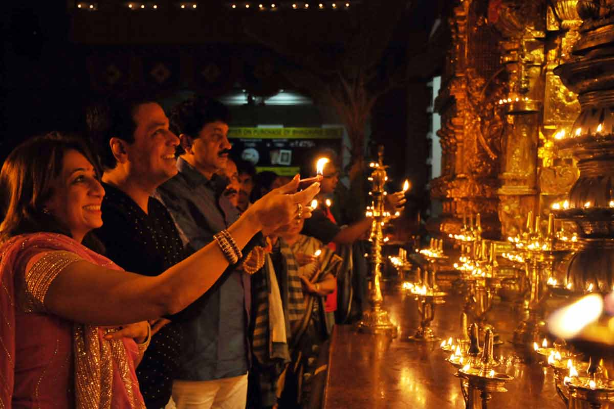 Invitees offering Ghee lamp