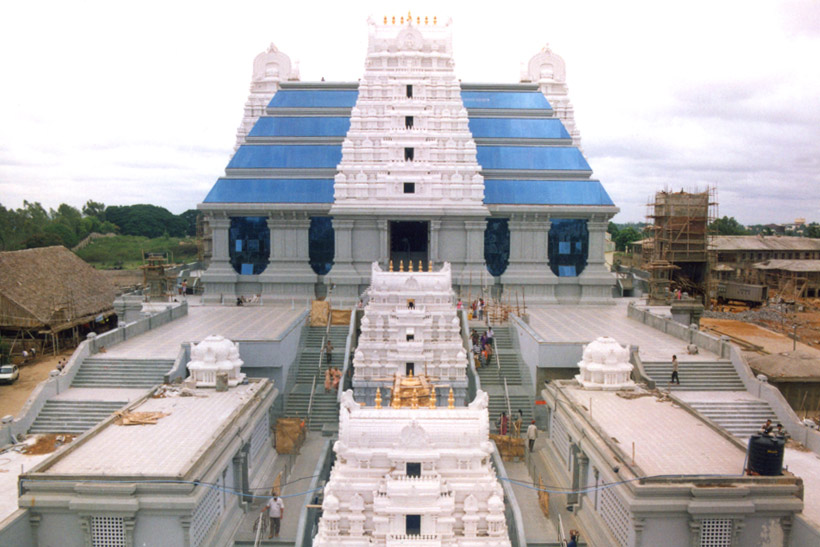 Sri Radha KrishnaTemple Temple Construction