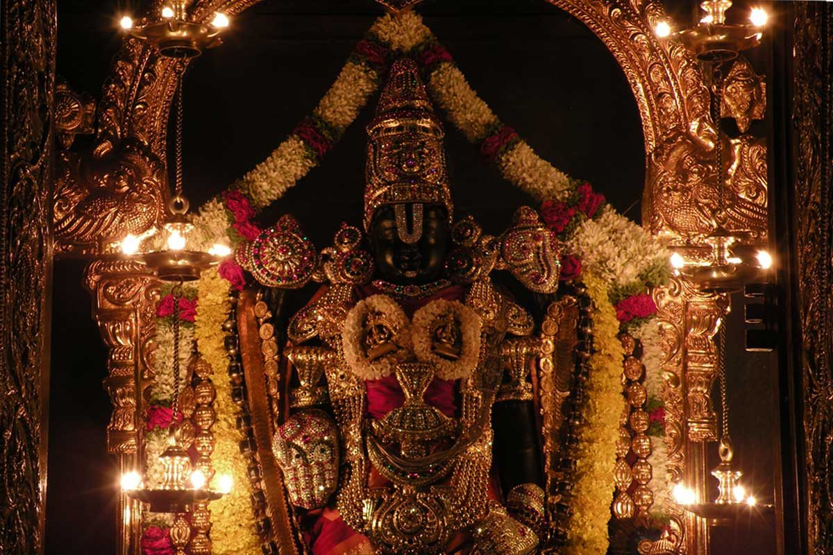 Sri Srinivasa Govinda adorned during Deepotsava
