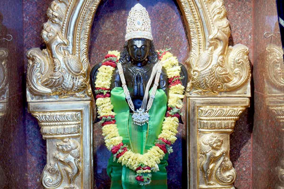 Sri Garuda in green dress