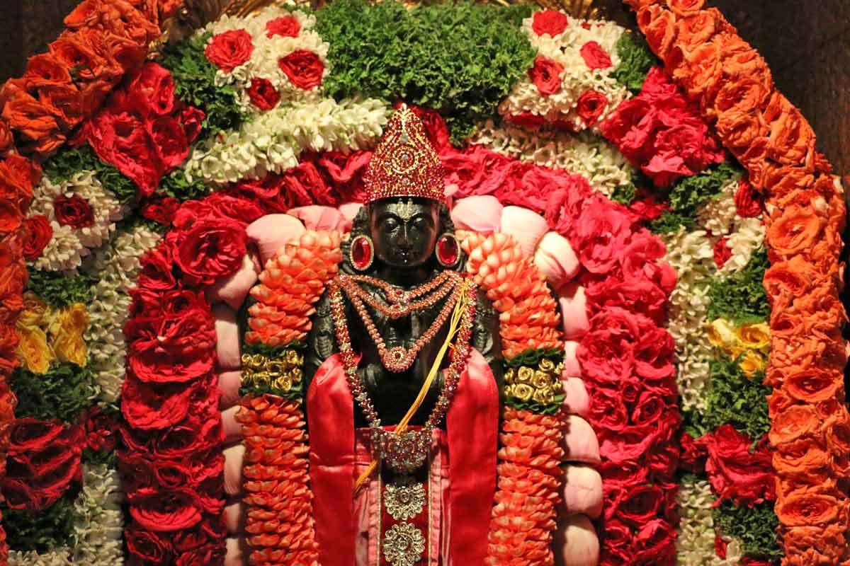 Garuda Panchami Visesha Alankara