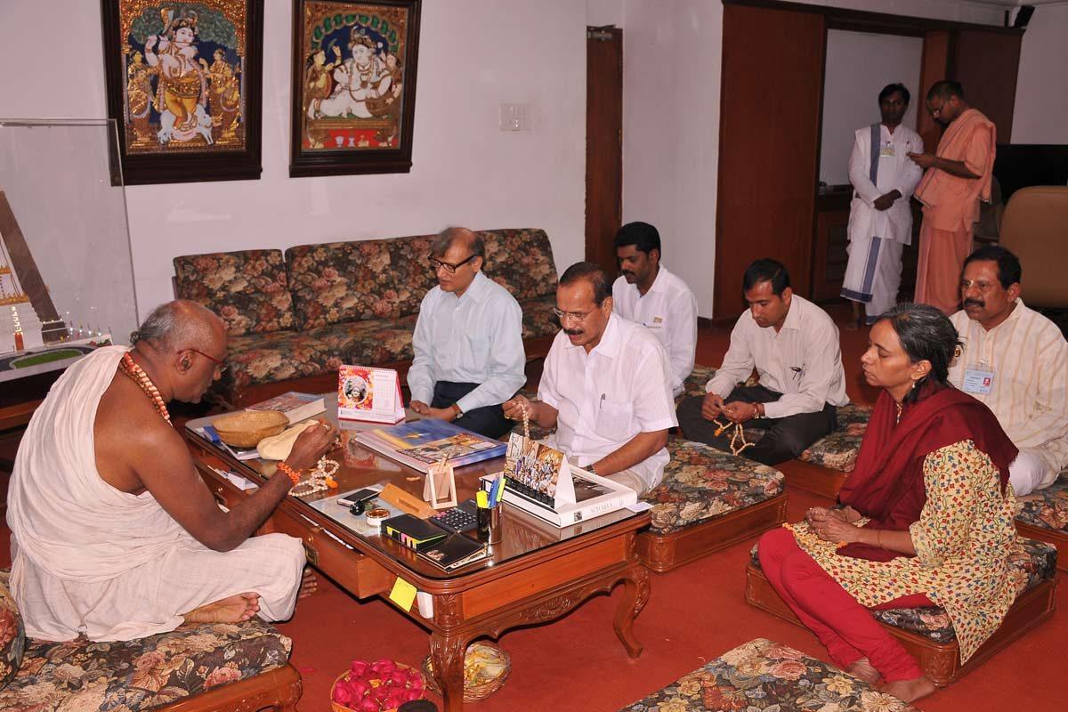 Sri D V Sadananda Gowda