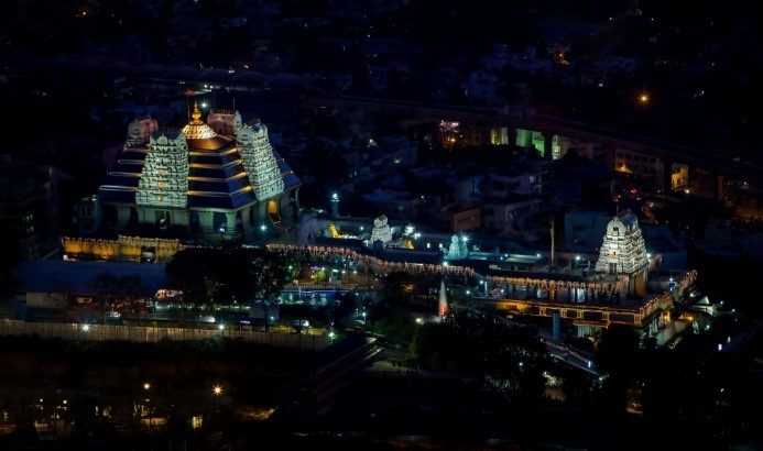 iskcon-bangalore-night